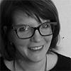 Photo en noir et blanc de Corinne Geoffroy, sophrologue