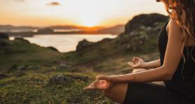 méditation la solution pour être plus sereine lutter contre le stress