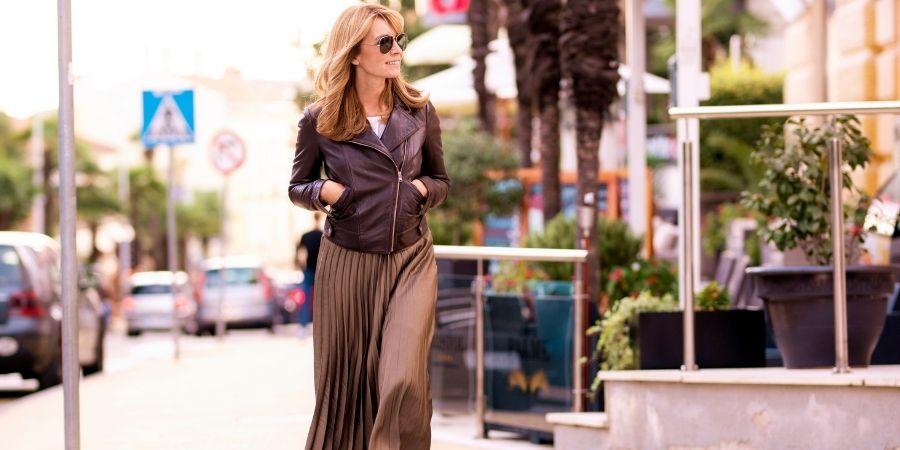 Photo d'une femme et de l'impact de la mode sur notre vie et notre bien-etre