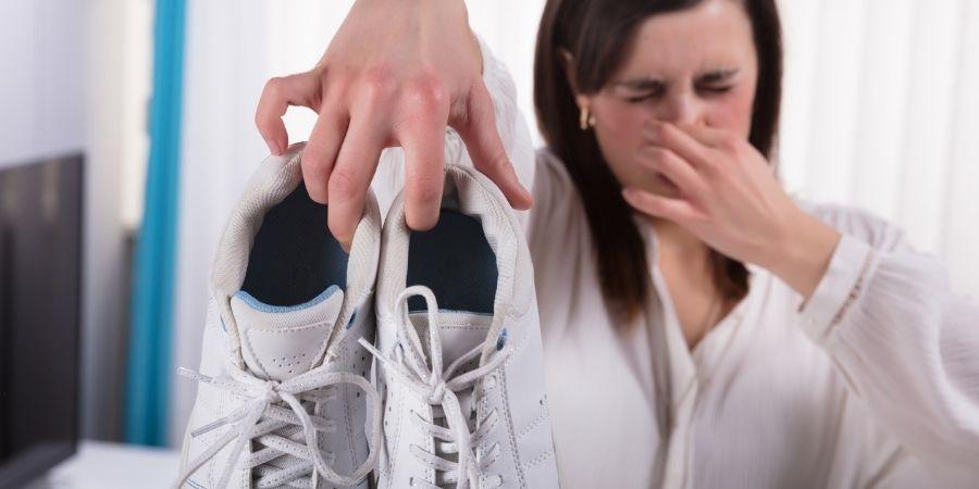 menopausée et je pue des pieds